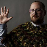 Elektronický mág Dan Deacon míří s novým albem do MeetFactory