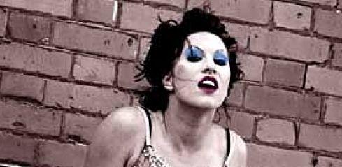 Amanda Palmer, náčelnice The Dresden  Dolls se vrací do Prahy!!